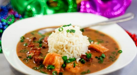 shrimp-sausage-gumbo-recipe-1024x683